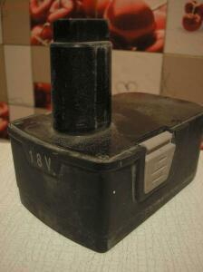 Аккумуляторная батарея шуруповерта Интерскол ДА-18ЭР - PC148209.JPG