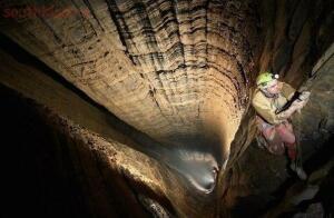 Самая глубокая пещера в мире - IQnZ2-Oys0I.jpg