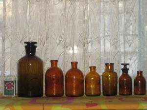Аптечная посуда коричневого стекла - 3568947.jpg