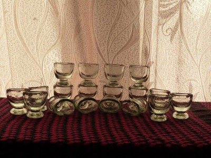 Аптечная посуда зеленого стекла - 3985807.jpg