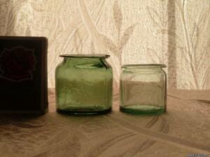 Аптечная посуда зеленого стекла - 7638714.jpg