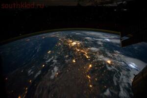 HD видео Земли из космоса в прямой трансляции - yfi6nDKs3V8.jpg